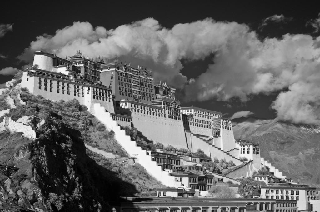 krist_potala_palace__lhasa_tibet_20_x_30_infrared_photography.jpg