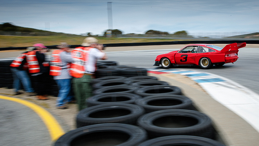 F8 students get up close to the action at Laguna Seca