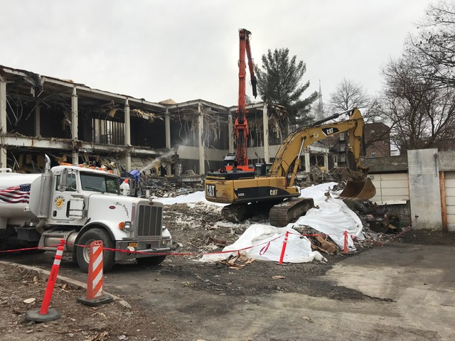Wetting of building prior to demolition - 1/7/2019 10:02am