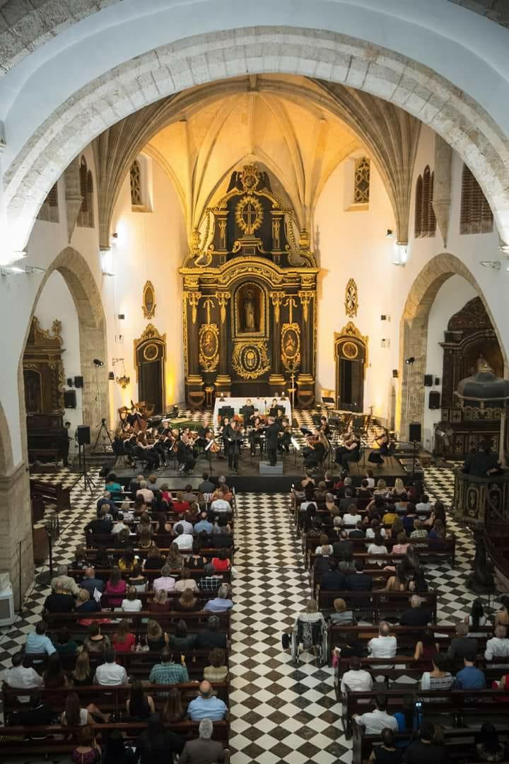 Concerts for Conciertos de la Villa