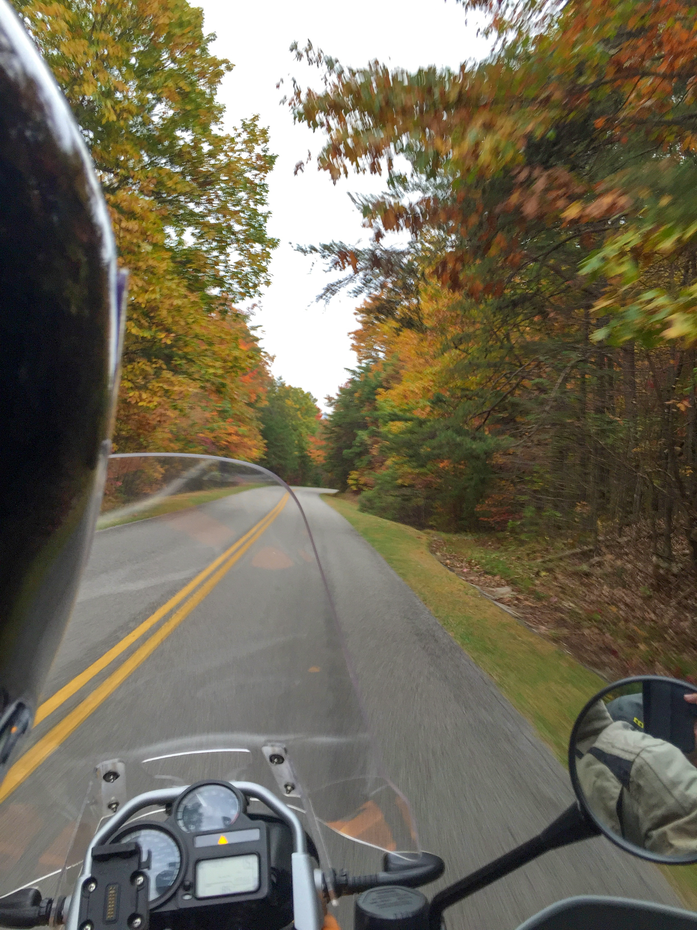 Riding the tail of the dragon in Tennessee