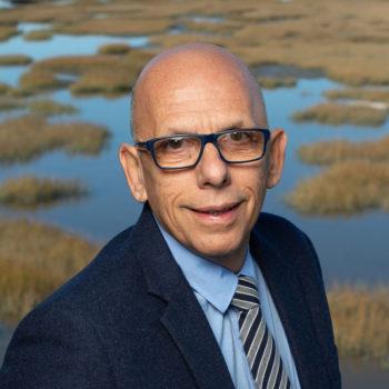 Dr. Jacobo Mintzer