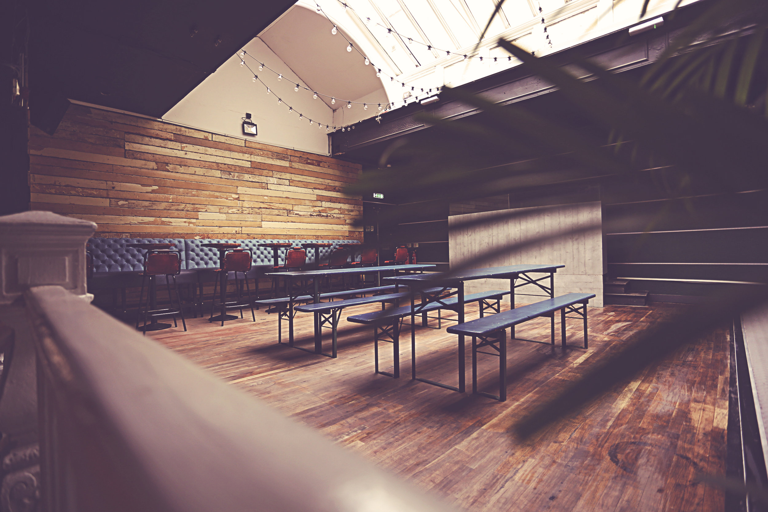 Skylight Room - Suitable for private parties, weddings, live music events, conferences, networking events, corporate functions and more.Standing 100 guests. Sit down dinner 60.