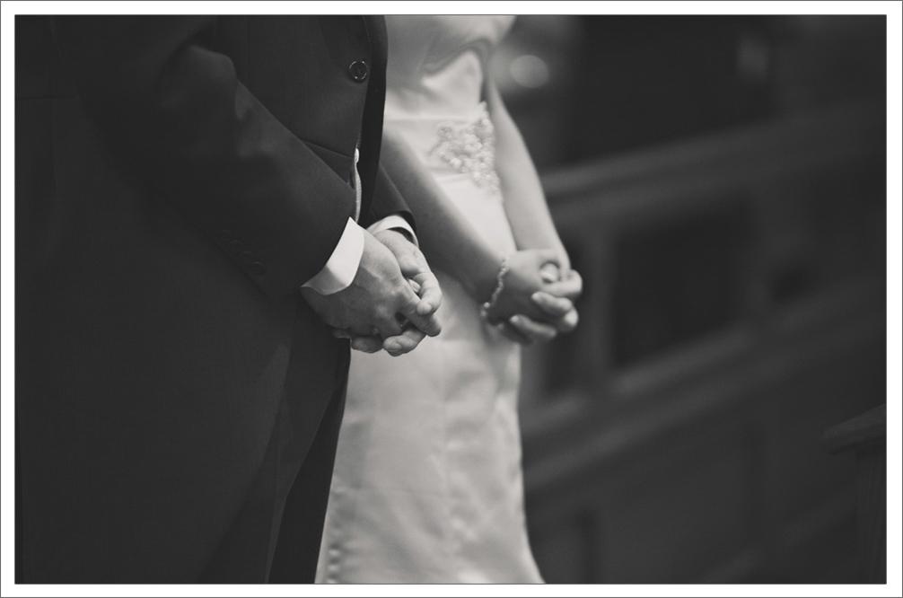 Barryscourt_Castle_Garryvoe_Hotel_Wedding_Photography-1012.jpg
