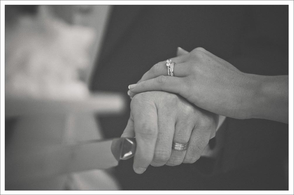 Barryscourt_Castle_Garryvoe_Hotel_Wedding_Photography-1025.jpg