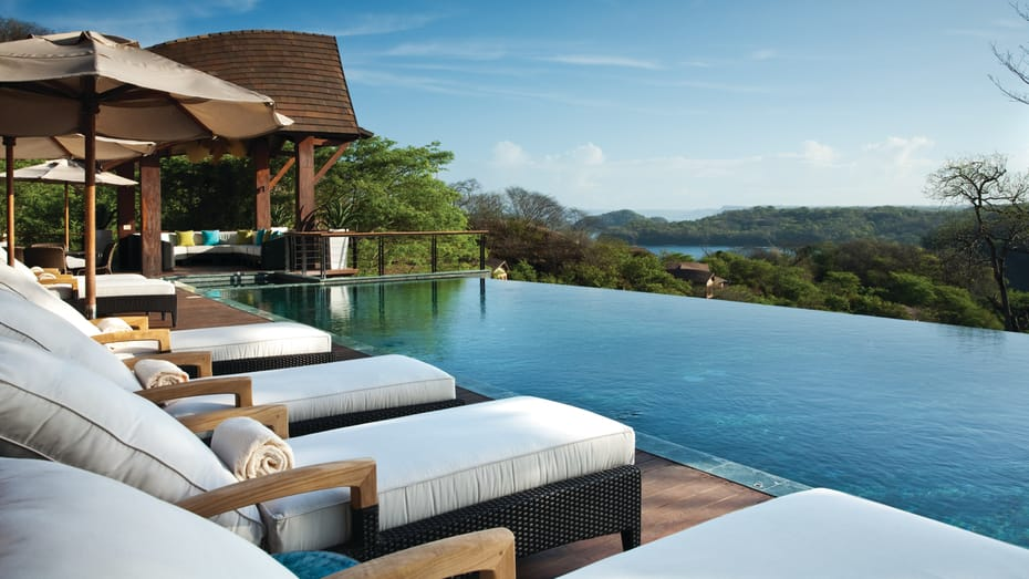 Infinity Pool Family Residences