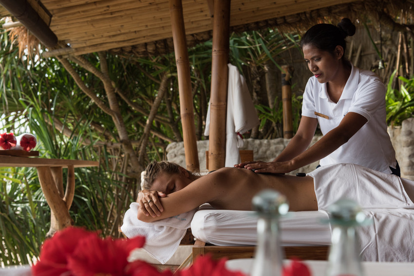 Nihi_Sumba_Spa_Massage_Wave_Collective.jpg