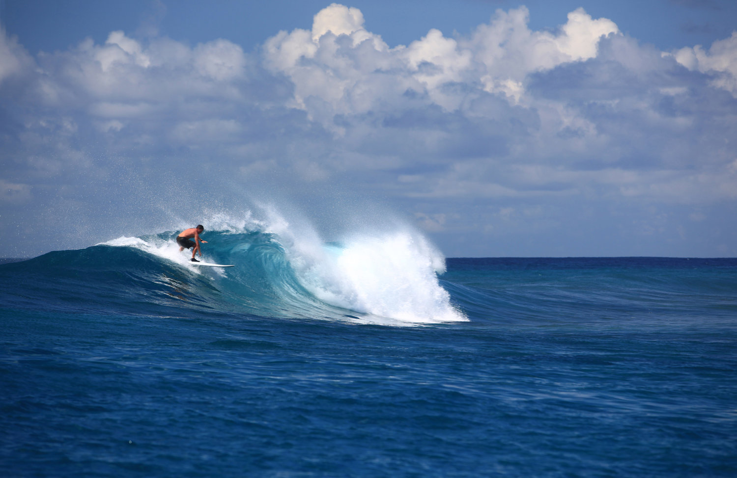 Six_Senses_Laamu_Surf_Wave_Collective.jpg