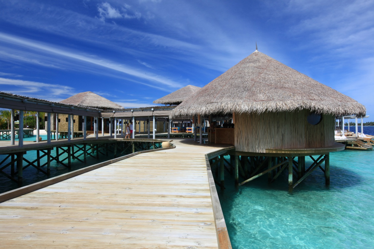 Six_Senses_Laamu_Water_Villa_Wave_Collective.jpg