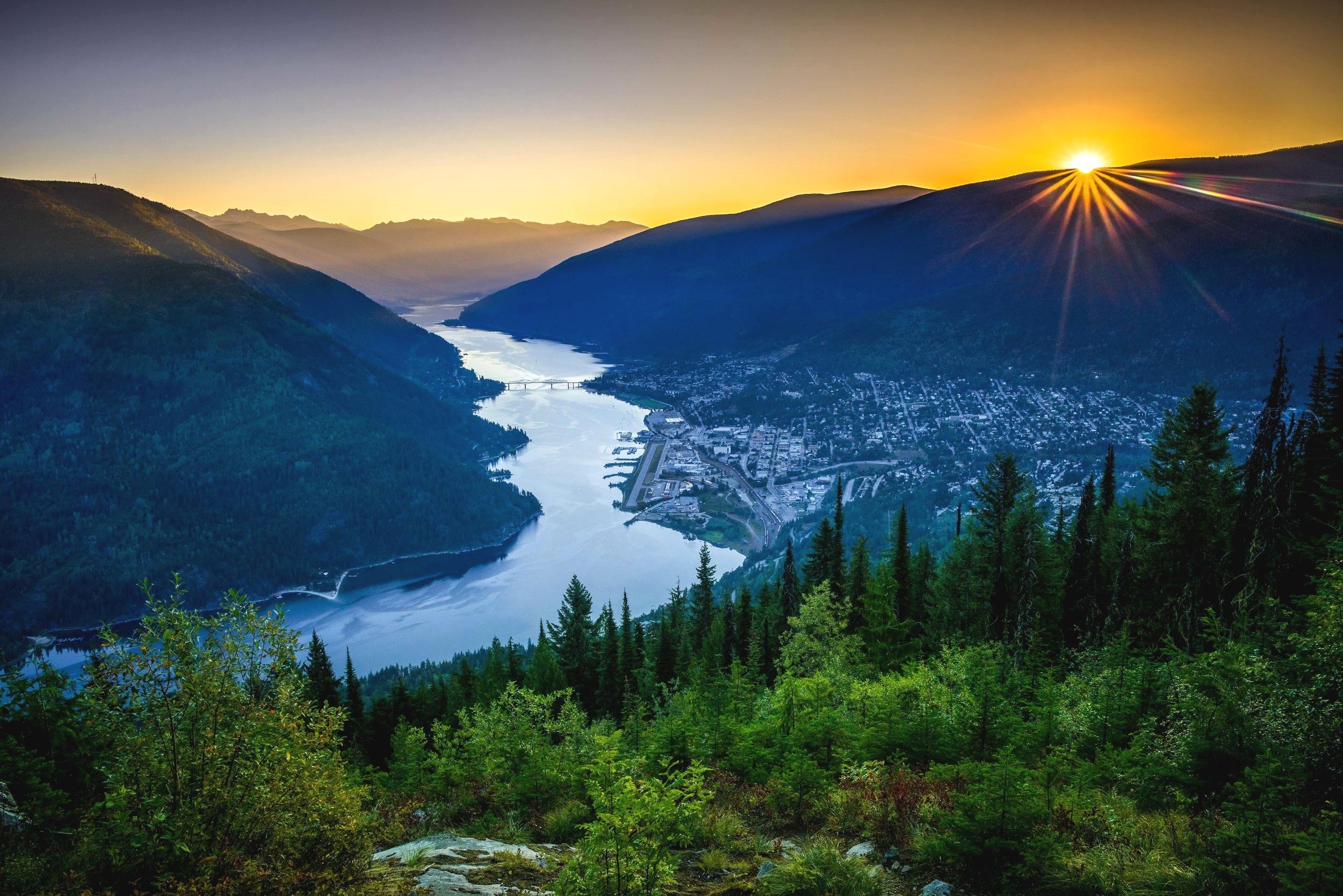 Nelson, BC // Photo by Robert Neufeld