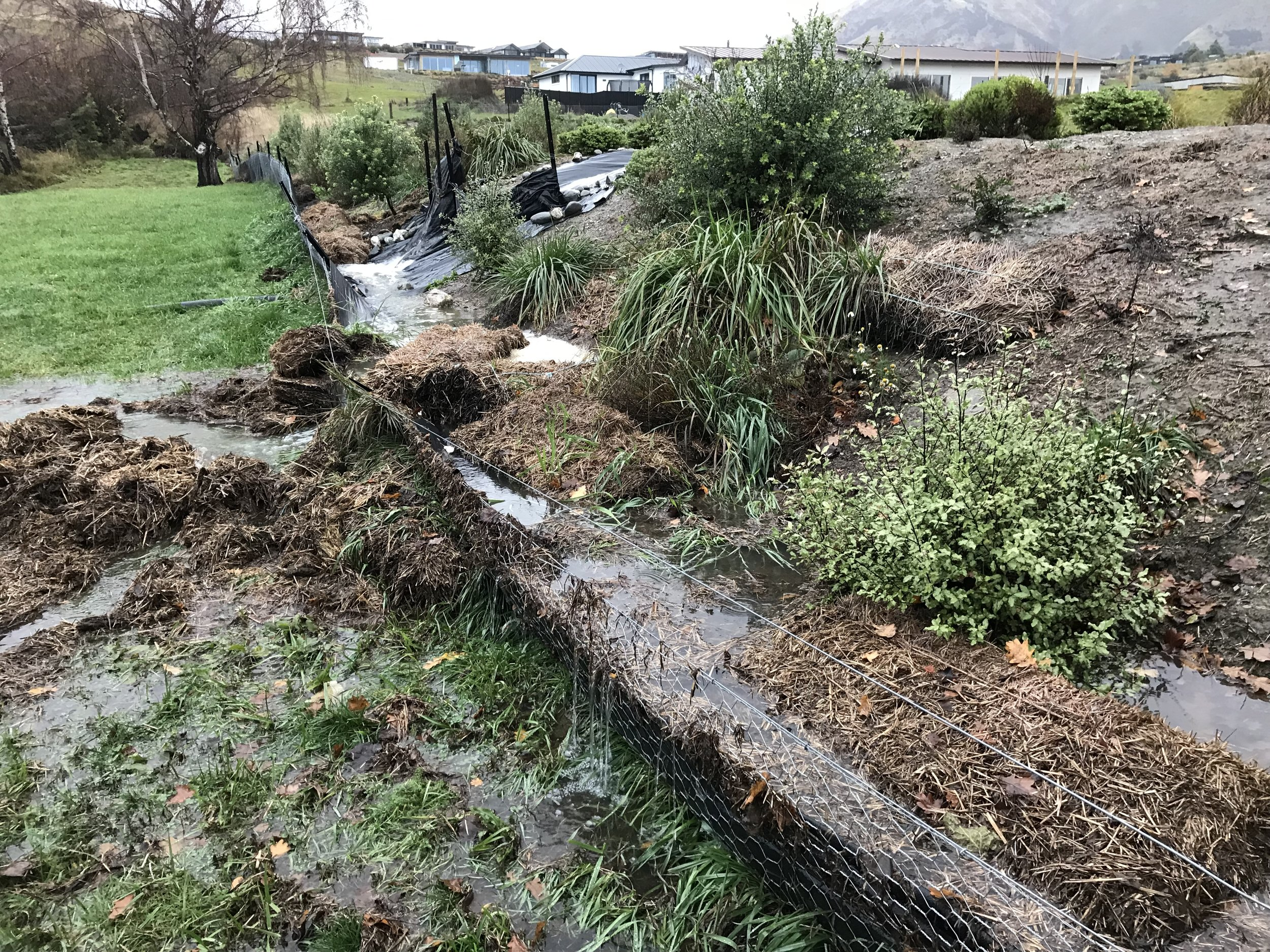 Stormwater overflow on F&G side of berm 30-5-19.JPG
