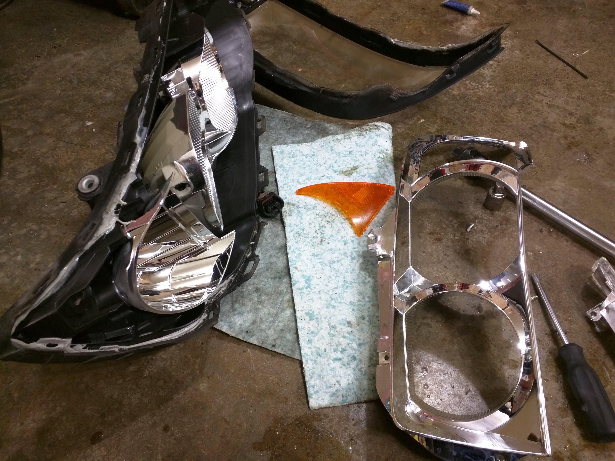 You can easily dissemble the inner chrome parts to customize it to your liking.