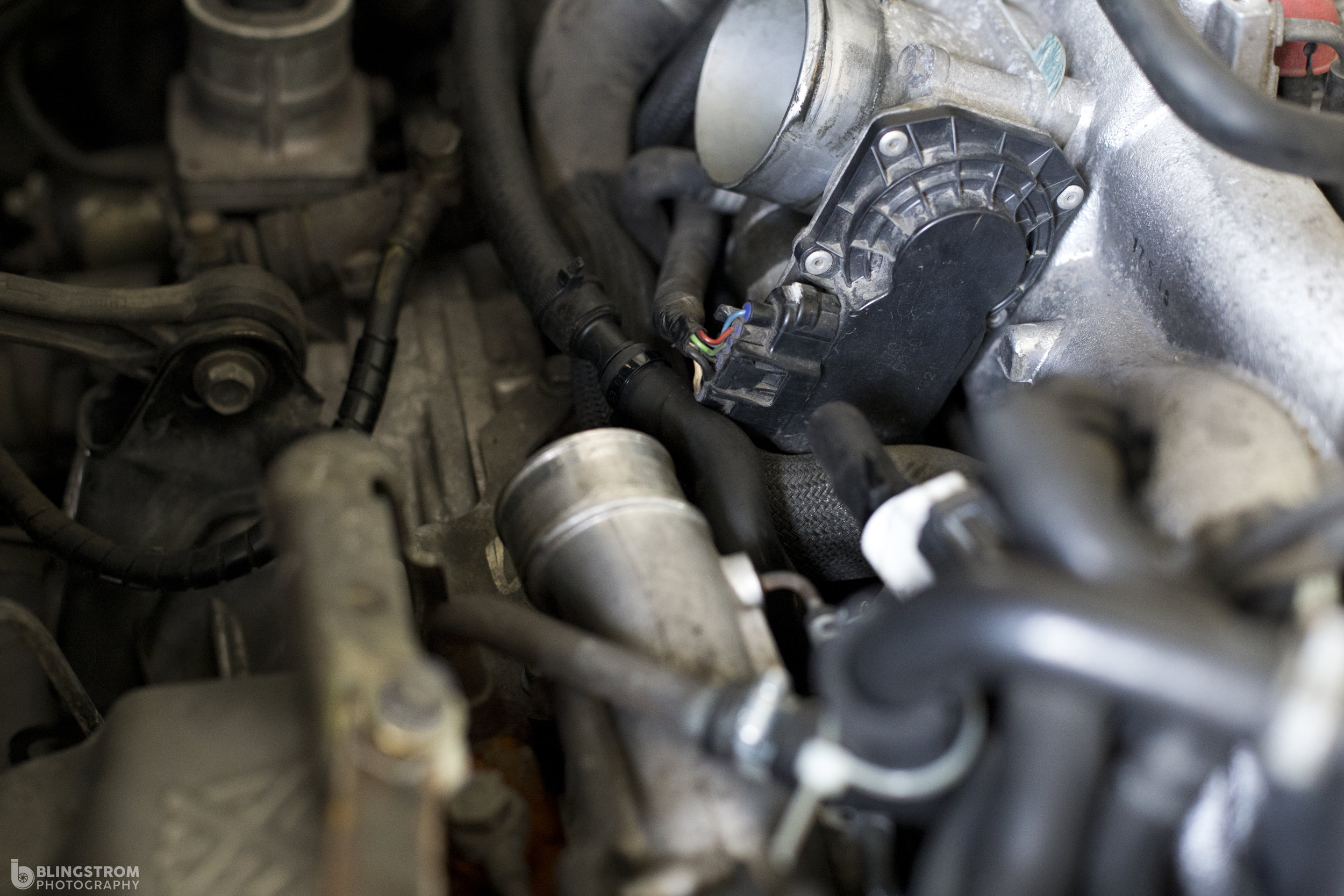 Shown above: The bead located on the throttle body and turbo help the clamps hold the silicone/rubber hoses on.