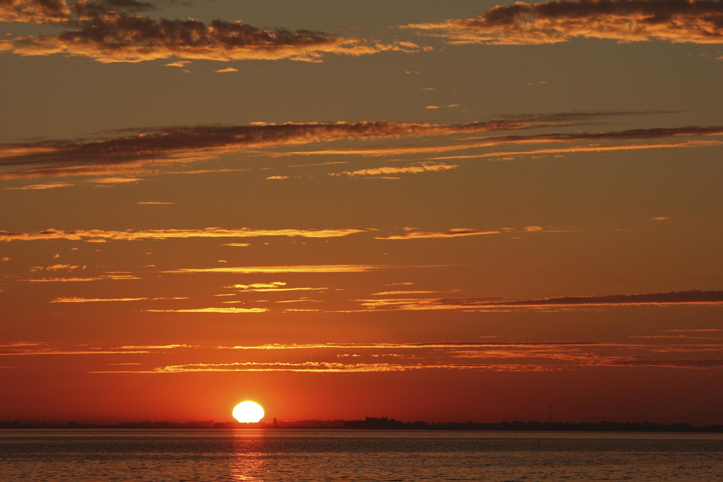 BEACH DAY003.jpg