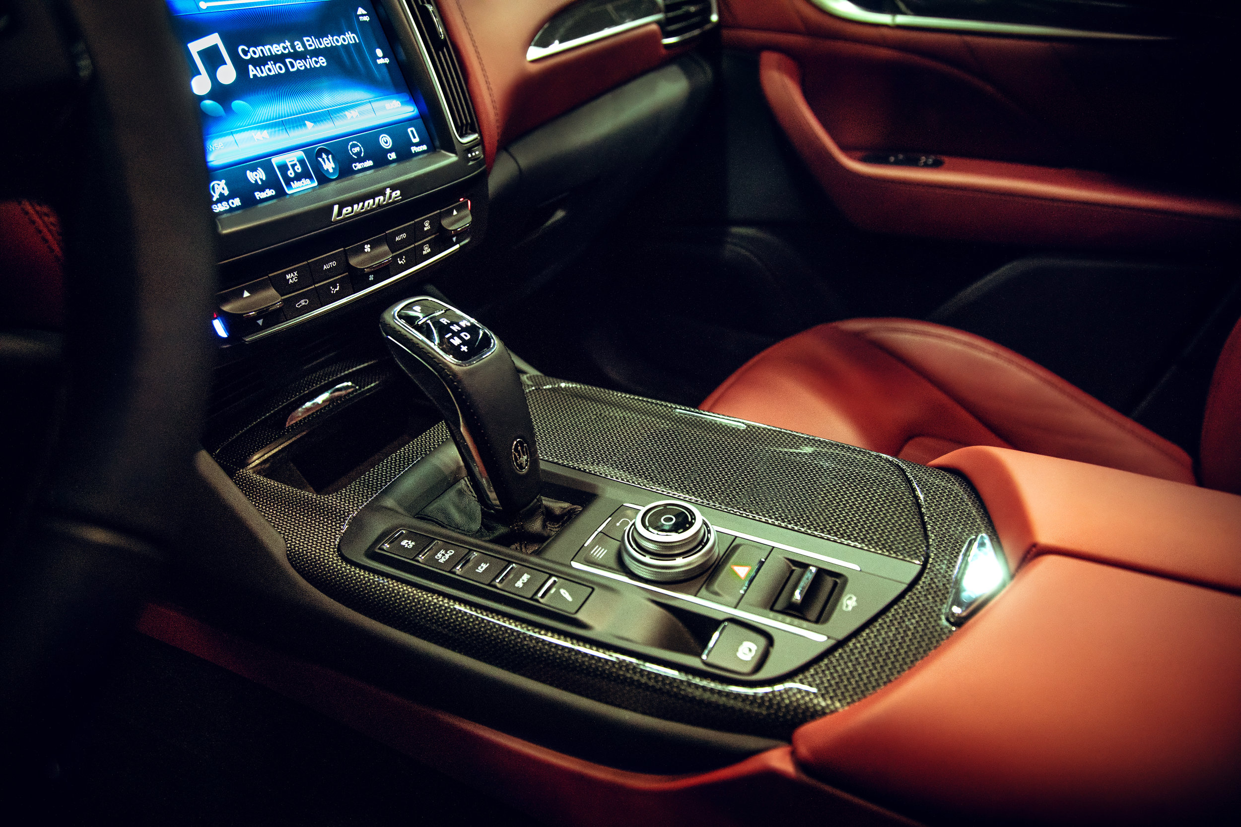 1H4A5409-_Smaller_Mazerati_interior_shift.jpg
