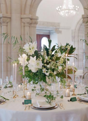 floresie_D&A_wedding_budapest - 12.jpg
