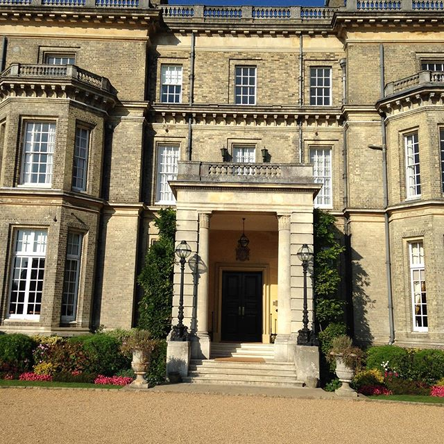 Hedsor House beautiful wedding venue. This is where I first encountered a Chinese lion dance #weddingcelebrant #weddings #weddingceremony #buckinghamshirecelebrant #hedsorhouse #weddingday #civilceremony #civilweddingceremony