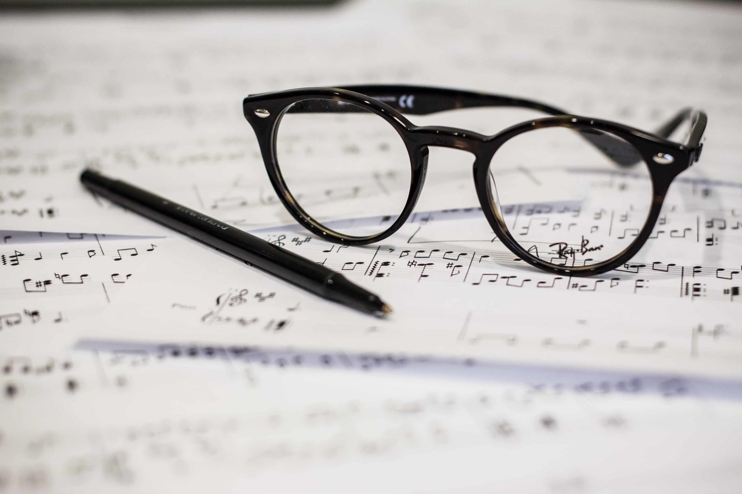 Klavierunterricht für zukünftige Musikstudenten und Wettbewerbs-Kandidaten - Sicherheit beim AuswendigspielenKünstlerische Spieltechnik und Interpretation