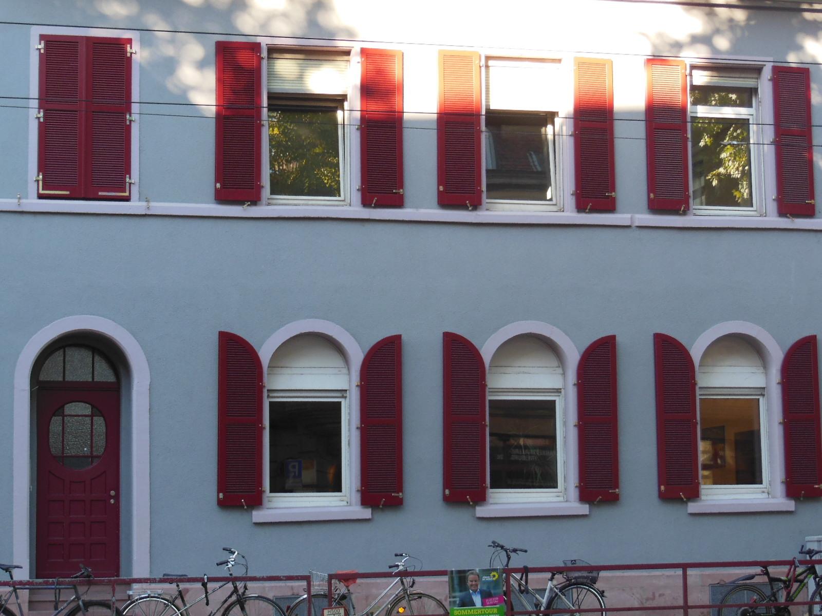 """Stadtzentrum Freiburg, in unmittelbarer Nähe vom """"Das Freiburger Musikantiquariat"""", """"Pianohaus Lepthien"""" und """" Orso""""."""