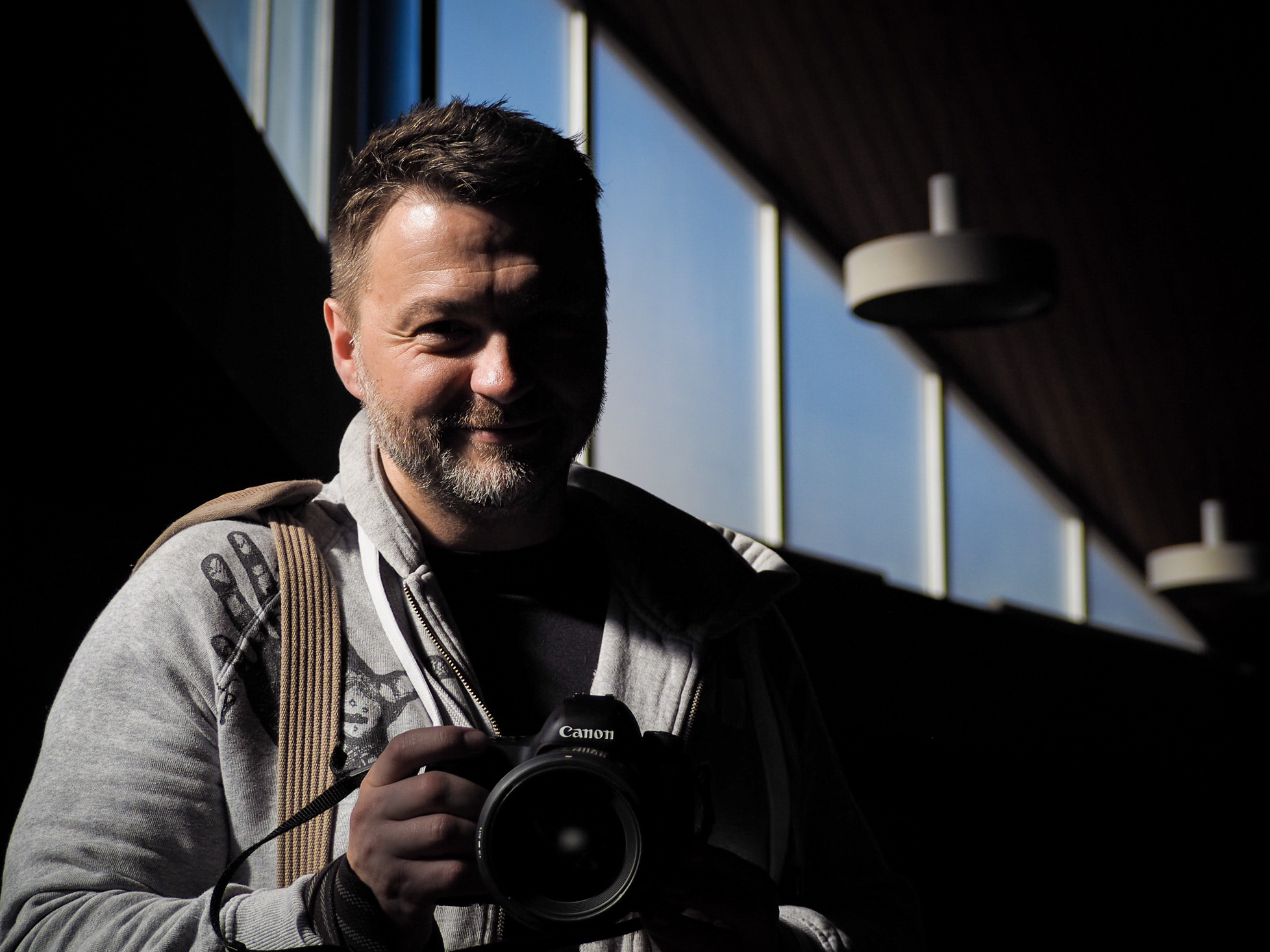 Duelling photographers - Danny Holden