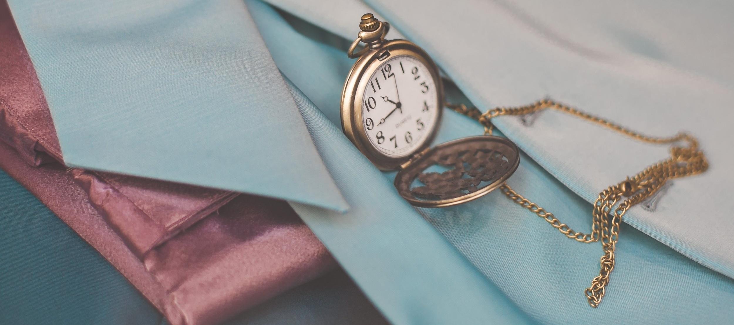 taskalexis-sell-it-vintage-jewelry.jpg