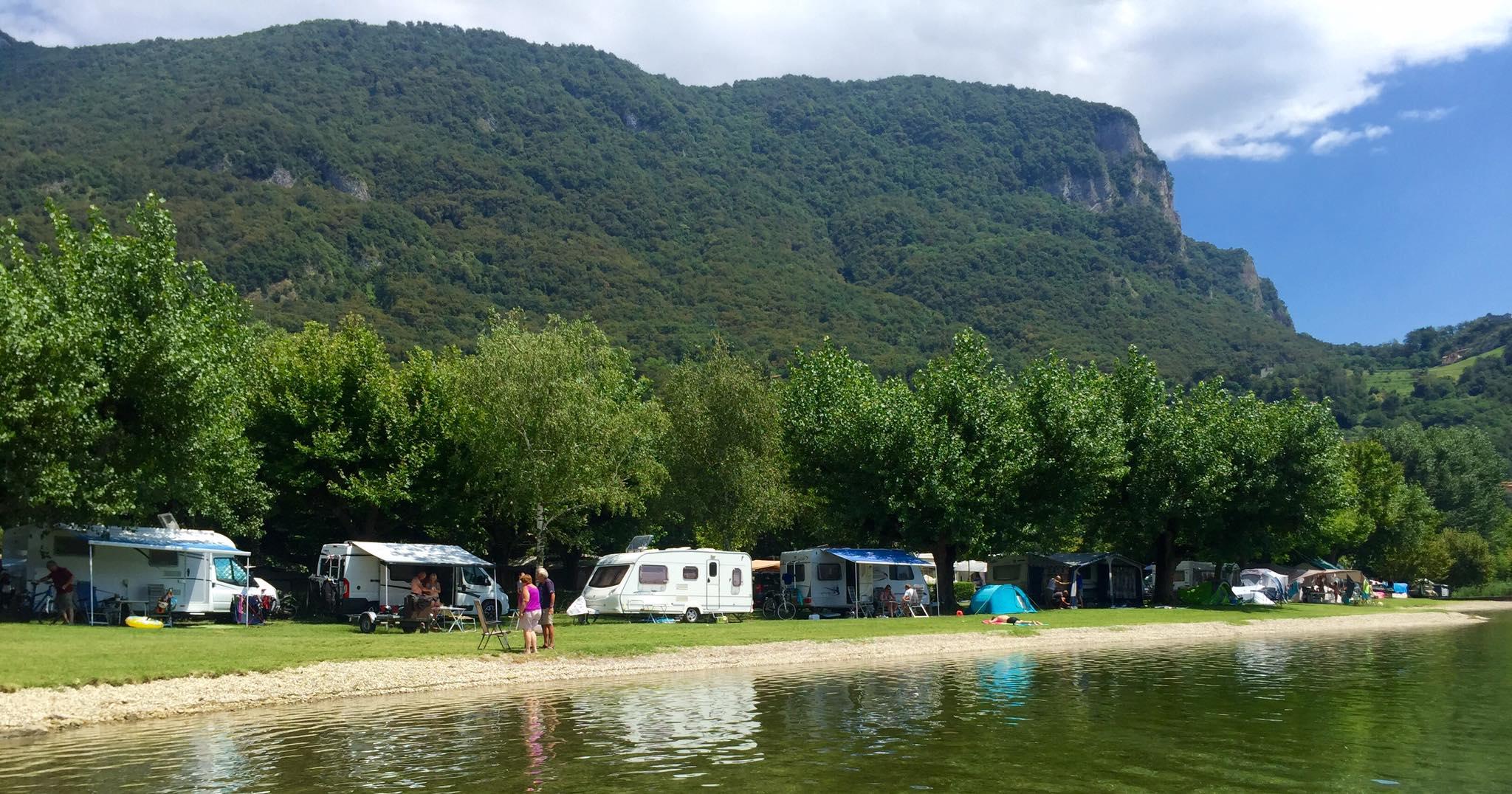Camping Rivabella Lecco 4.jpg