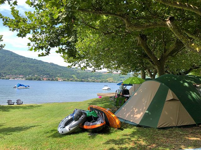 @viasaravakanties 🏕 #camping #campingrivabella #lecco #lake #mountains #lakeofcomo #italy #lagodicomo #campeggio #lakecomostyle #lakecomoexplore #tourism #como #summer #campingplatz #vacation #tourist #instapassport #mytravelgram #travel #lagodicomo