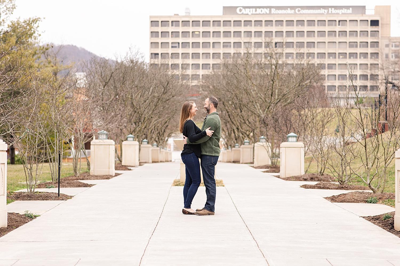 Downtown Roanoke Engagement Photo_0212.jpg