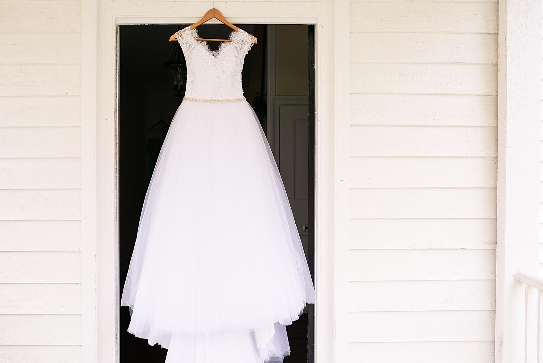 Intimate Spring Virginia Wedding Photo_0832.jpg