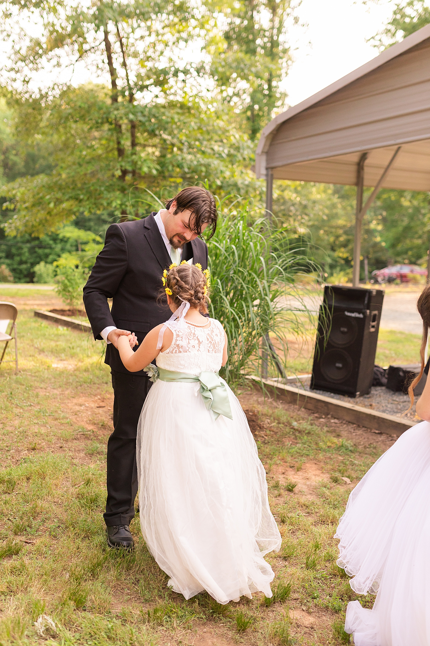Intimate Spring Virginia Wedding Photo_0905.jpg