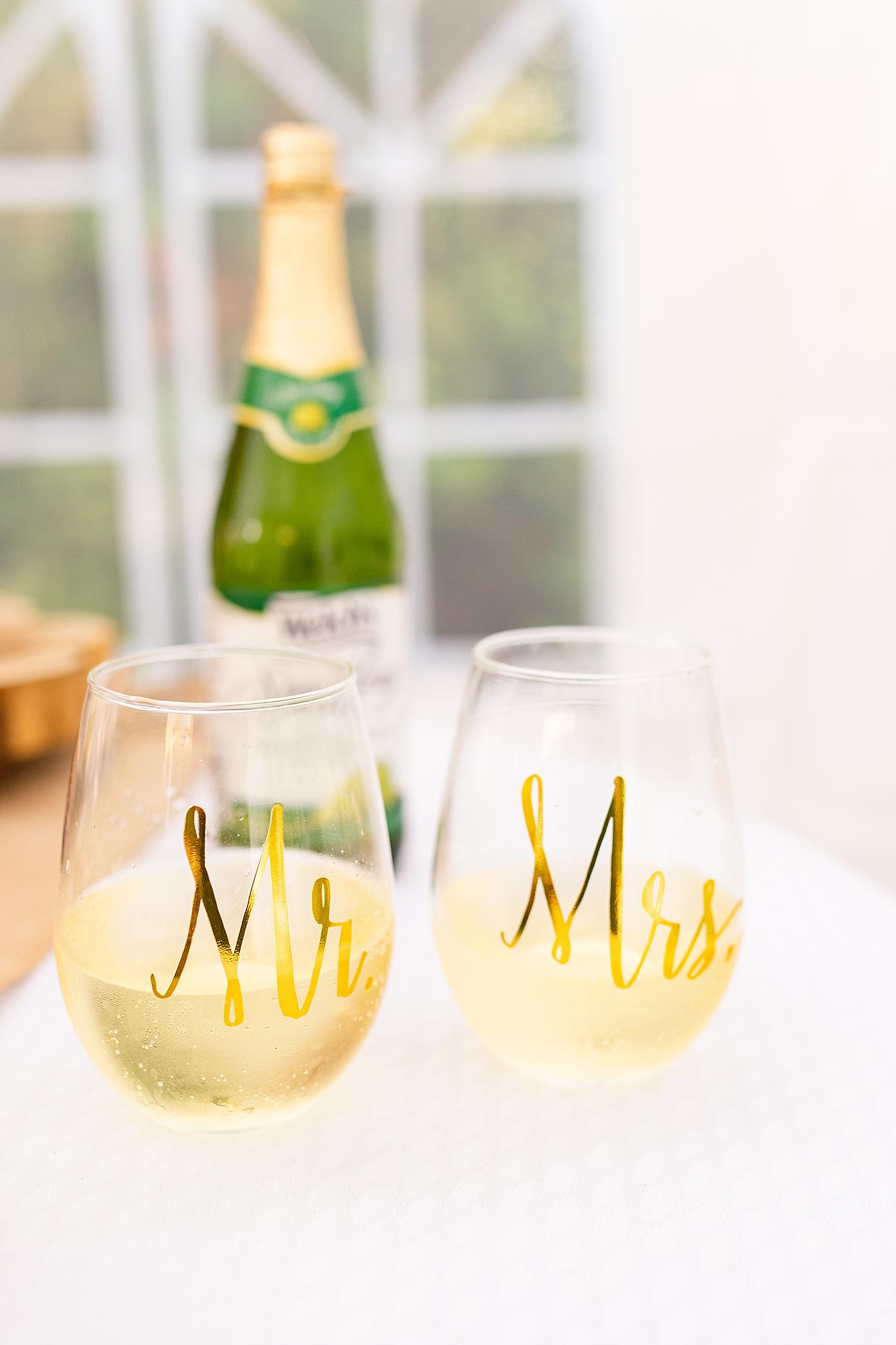Intimate Spring Virginia Wedding Photo_0908.jpg