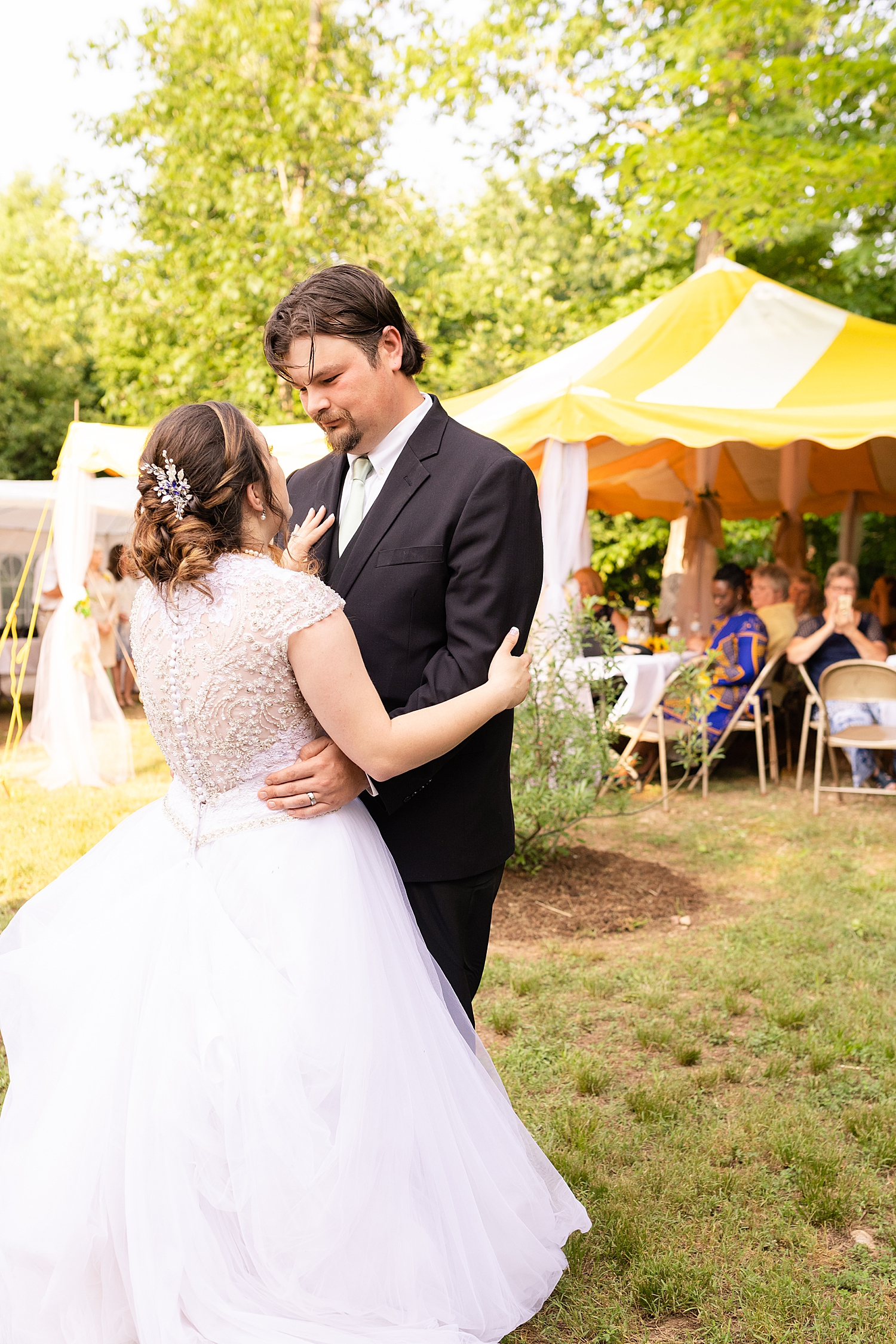 Intimate Spring Virginia Wedding Photo_0901.jpg