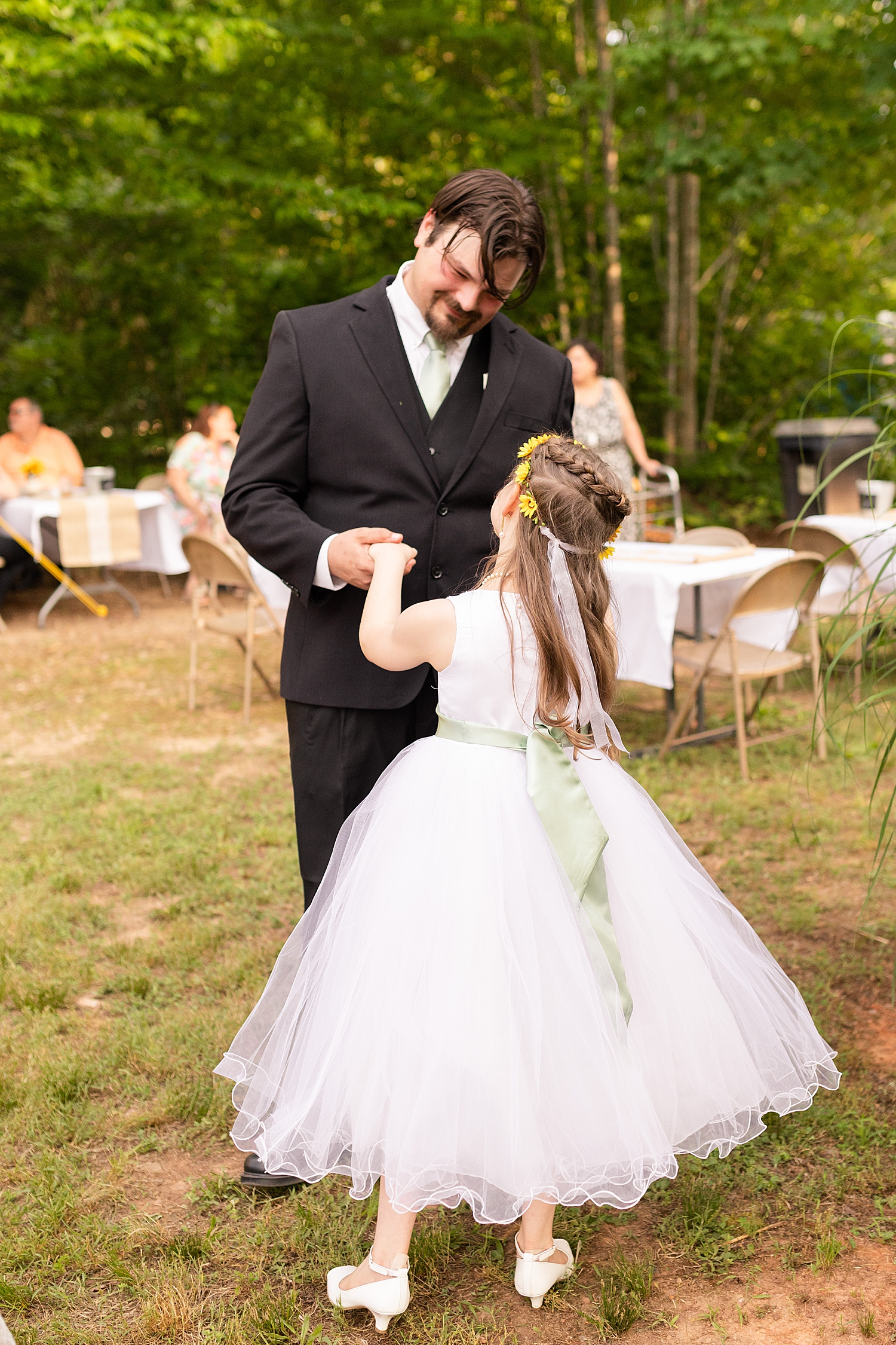 Intimate Spring Virginia Wedding Photo_0904.jpg