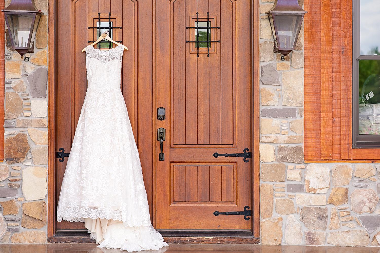 Atkinson Farms Spring Wedding Photo_1012.jpg