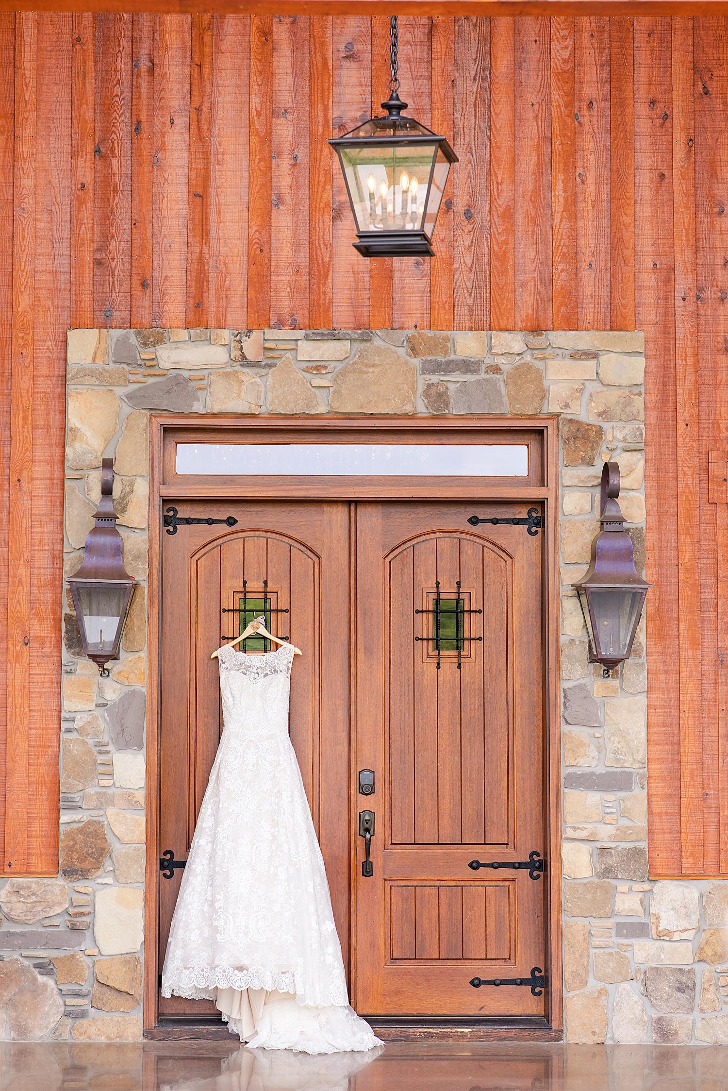 Atkinson Farms Spring Wedding Photo_1011.jpg
