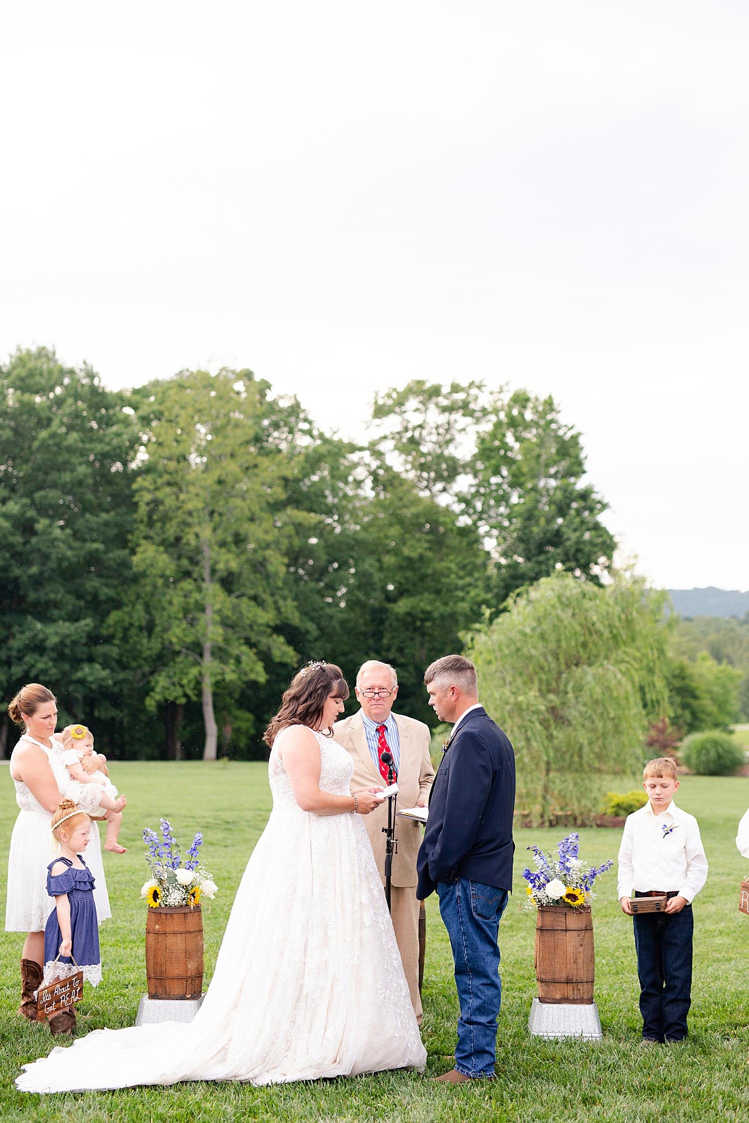 Atkinson Farms Spring Wedding Photo_1056.jpg