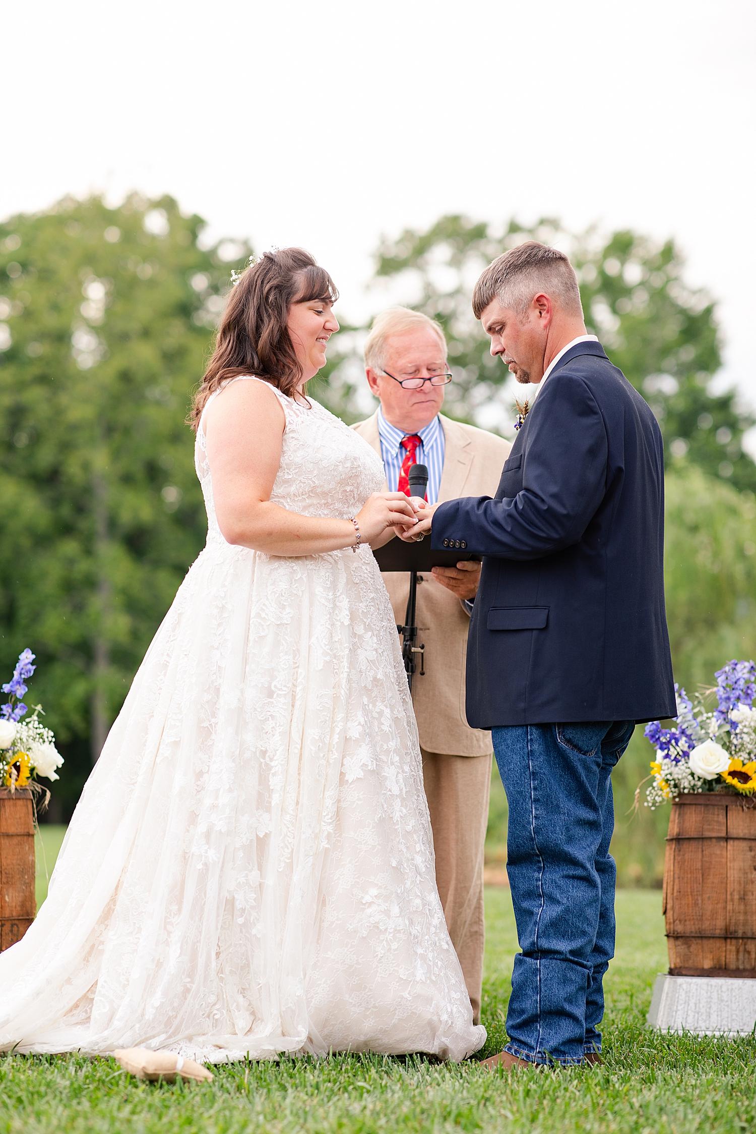 Atkinson Farms Spring Wedding Photo_1063.jpg