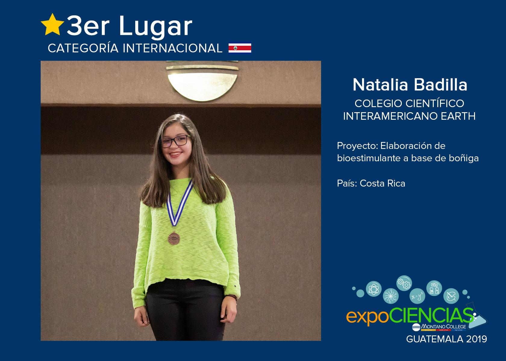 TERCER LUGAR:  NATALIA BADILLA
