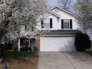 1718 Baylor Dr - 4 Bedrooms/2.5 Baths$190,000