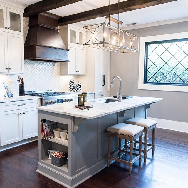 Happy Tuesday! Here is a little BEFORE & AFTER for y'all. This kitchen renovation was so much fun and made such a dramatic difference in this space!!