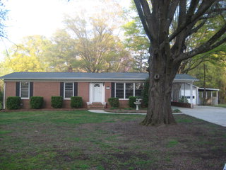 186 Greenbay Drive - 3 Beds | 1/1 Baths$229,900
