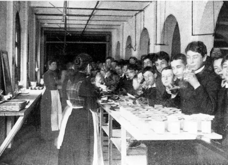 Bostin Latin School ca. 1895 Rumford Kitchen Leaflets