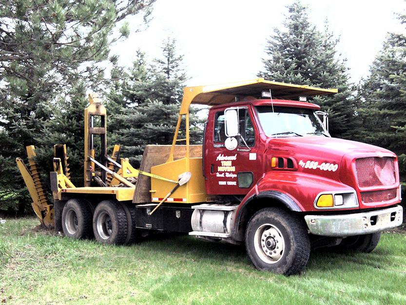 65″ Spade Truck