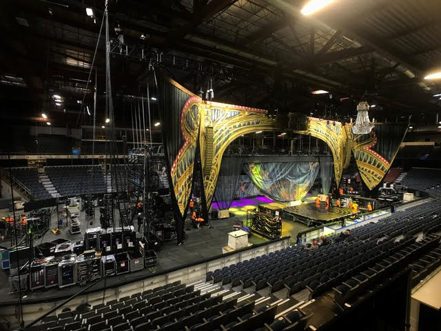 Behind the Scenes of Cirque du Soleil's Corteo