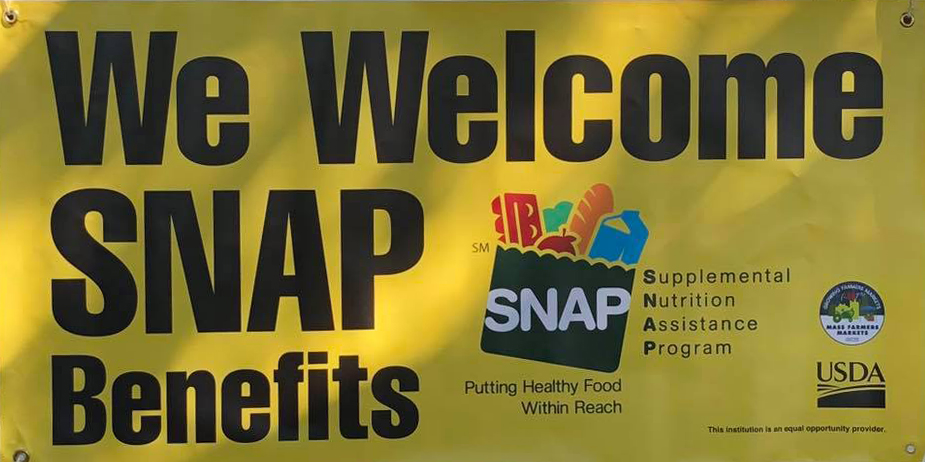 We match SNAP (Food Stamps) up to $20 per Market day, as well as WIC (moms & babies) & FMNP (seniors). Our produce vendors participate in the HIP program.  Read more about  our food assistance programs  and  make a tax-deductible donation  to support programs like these.