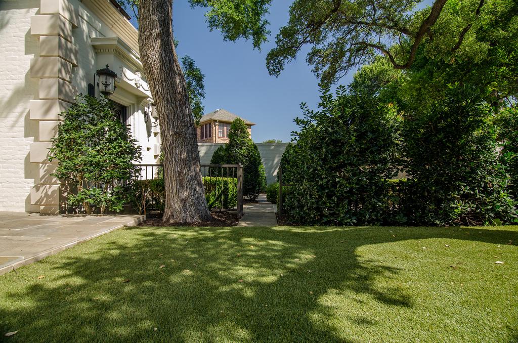 Landscape Residential.jpg