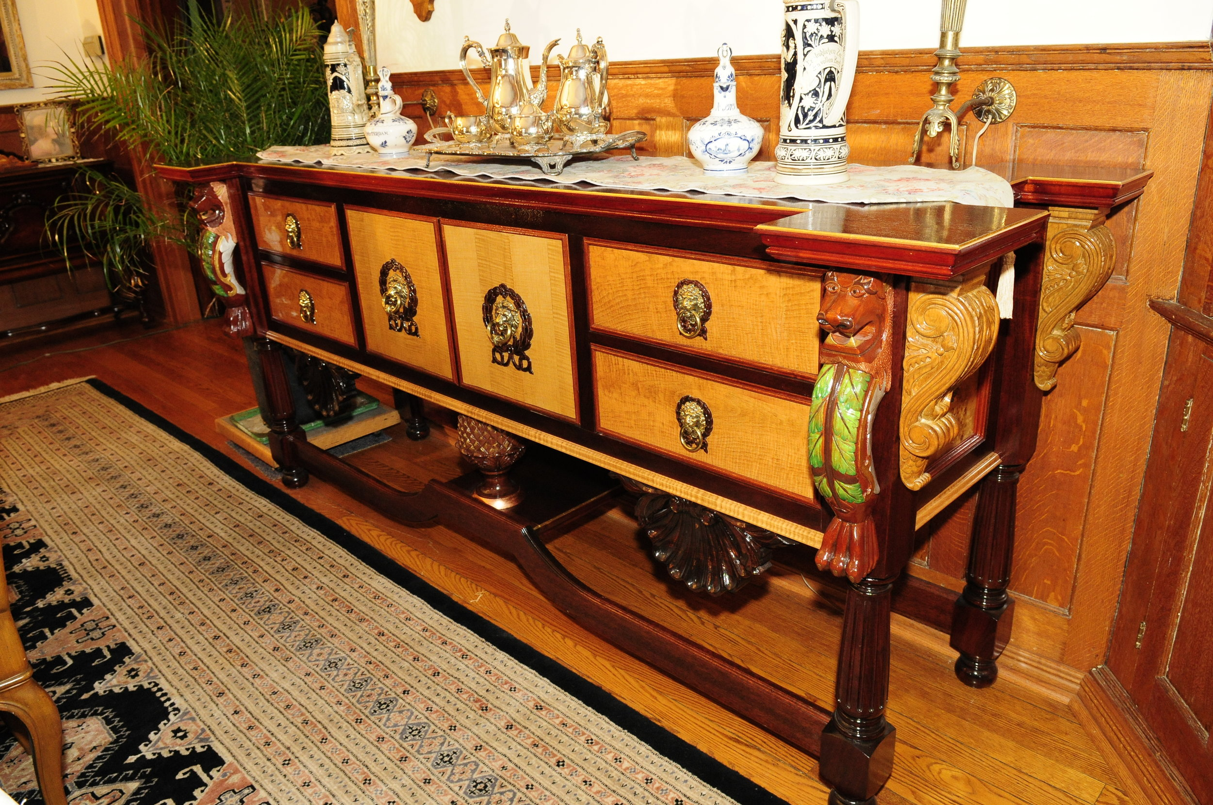 Larry designed and built this Server using several species of Mahogany.
