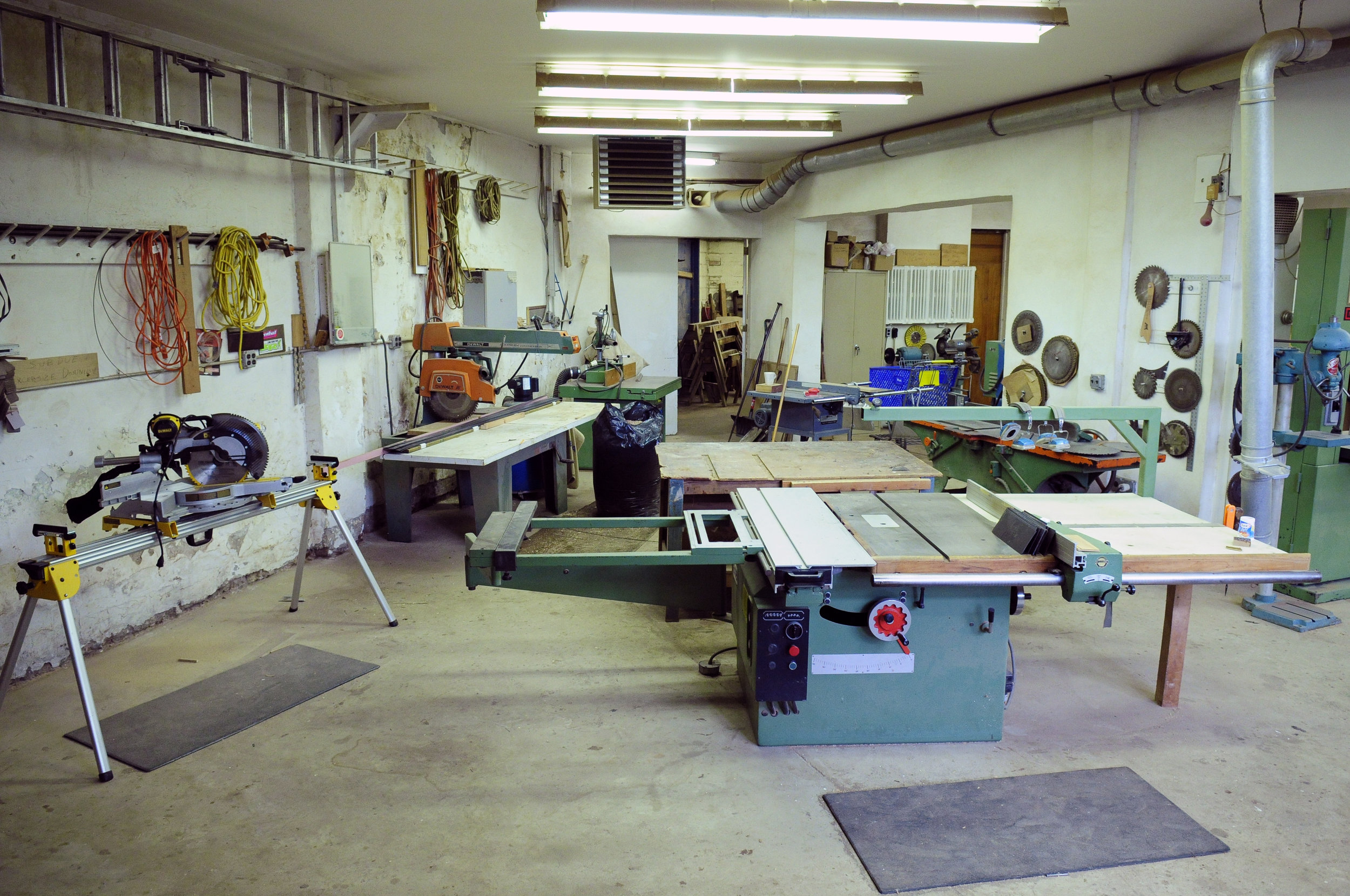 We are a fully equipped and highly customized Mill and Cabinet Shop.