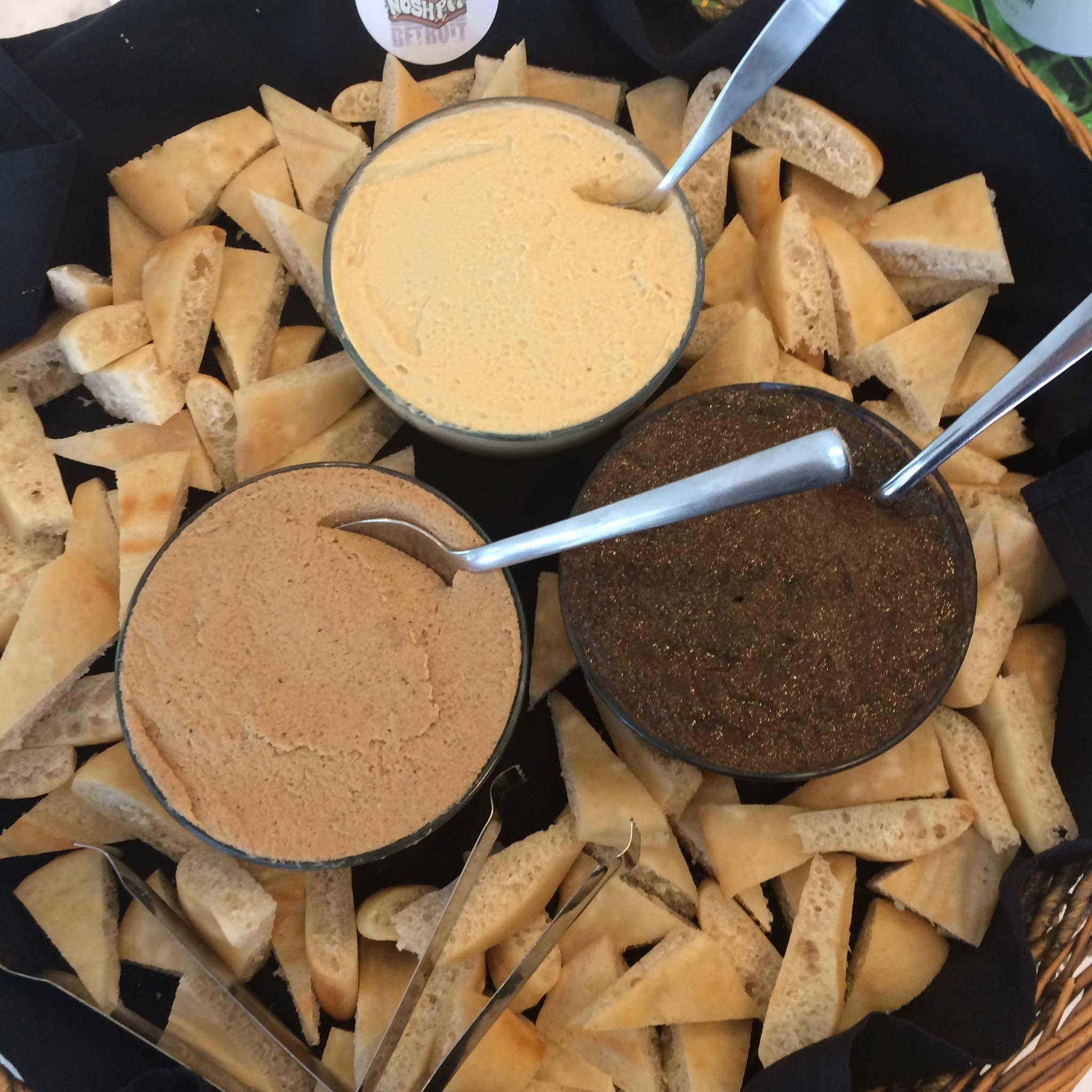 hummus-pesto-pate-2.jpg