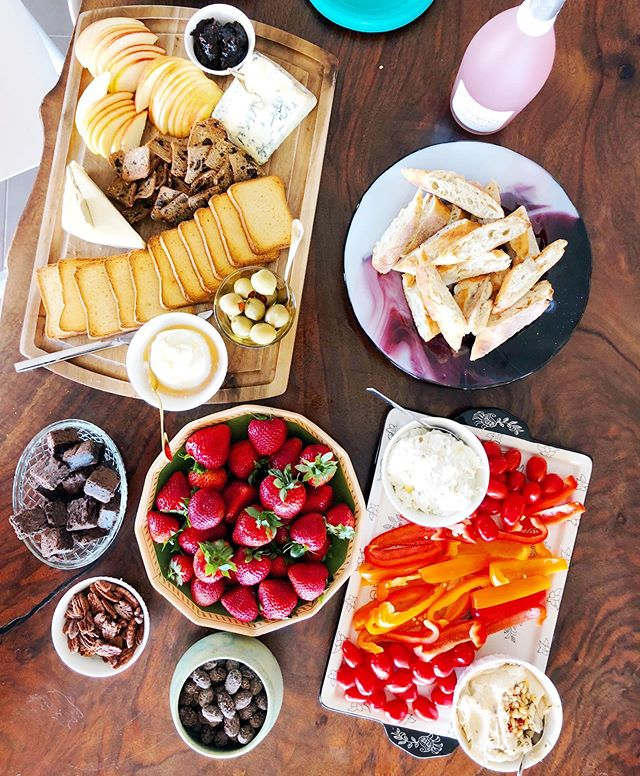 Still dreaming about the spread we had at our celebration on Sunday. Margaret hit up Trader Joe's to get everything you see here. We're BIG fans of TJ's. It's Kristy's favorite grocery store. Margaret still favors WinCo. But that doesn't mean she isn't a Trader Joe's expert! 🧀🥖🍓🧀🥖🍓🧀🥖🍓🧀🥖🍓 Highlights of the spread included: Beeches Flagship cheese, Sweet & Spicy pecans, goat's milk creamy cheese with honey, warm baguette, and creamy artichoke dip. oh and don't forget the TJ Bellinis in a bottle! 🍾🍾🍾Are you as obsessed with Trader Joe's as we are??? What are your fave charcuterie fixings that you get there? Let us know in the comments!✨✨✨✨✨✨✨✨✨✨✨✨🥖✨✨✨✨✨✨✨🧀✨✨✨✨✨✨✨✨🍓✨✨✨✨✨✨✨✨✨✨✨ #podcastlife #podcastersofinstagram #personalgrowth #goalsetter #goalsaf #goals😍 #goals #goalcrusher #goalcrushing #goalcrushers #selfcaretips #selfempowerment #selfhealing #podcaster #growthhacking #goaldiggers #goalchaser #goalgetters #traderjoesfinds #traderjoes #traderjoeslist #traderjoesart #traderjoeshaul #traderjoe #traderjoeslove #traderjoeslife #cheeseplate #charcuterieboard #charcuterie #partyplatter